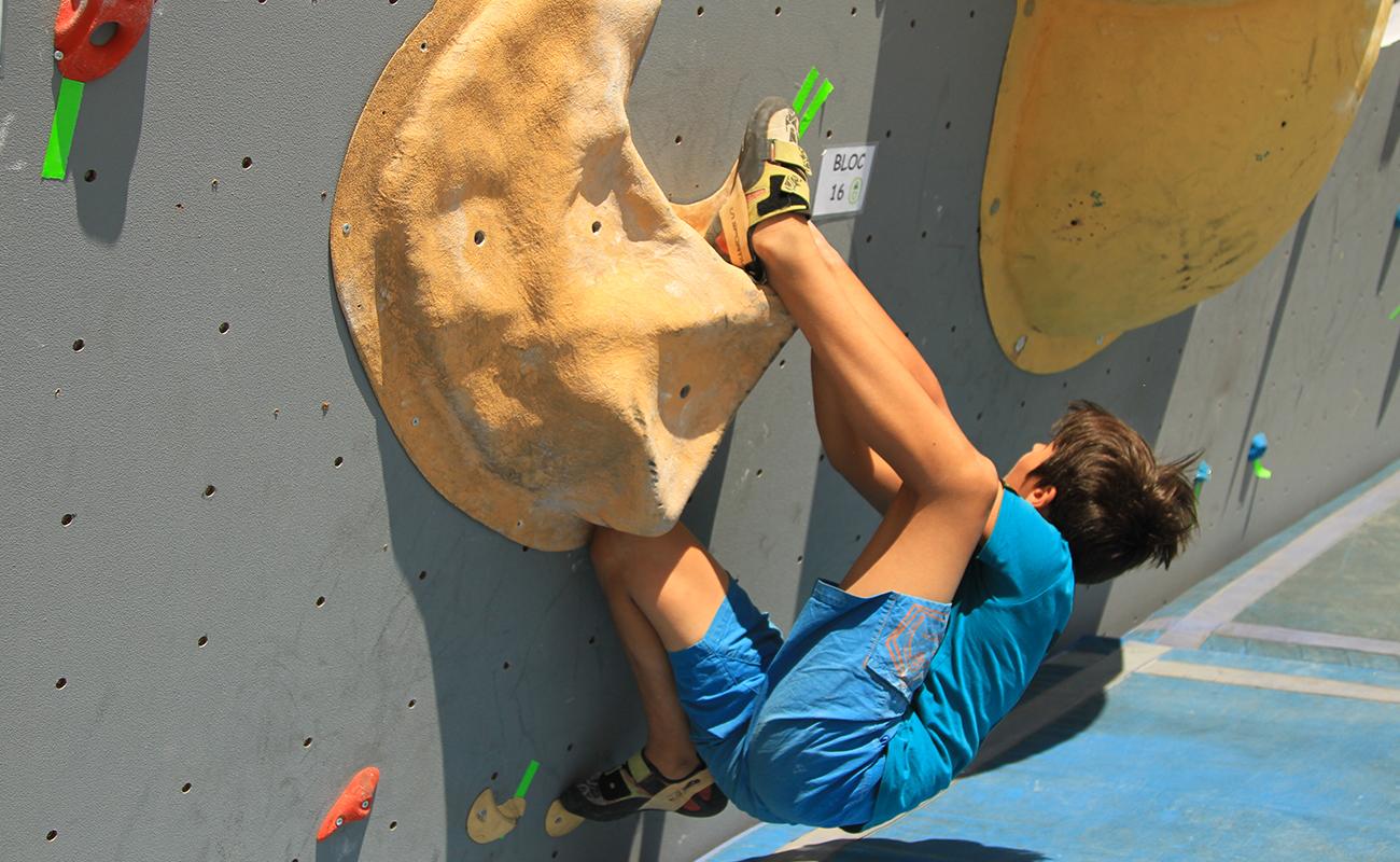 Open des petits gibbons, compétition pour les jeunes au Mondial de l'Escalade de Briançon.